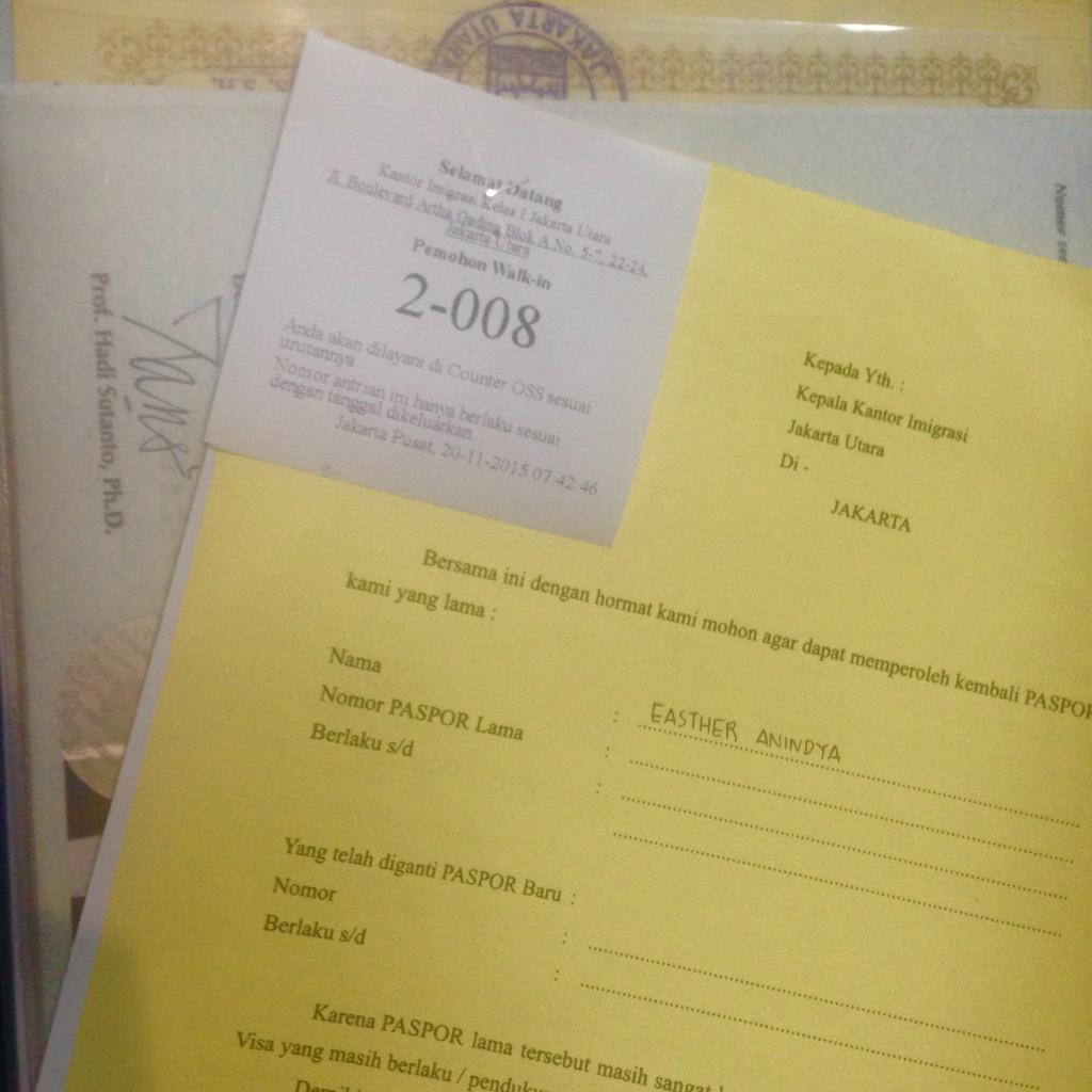 Nomor Antrian, Surat Penyataan Paspor Lama dan Formulir Data