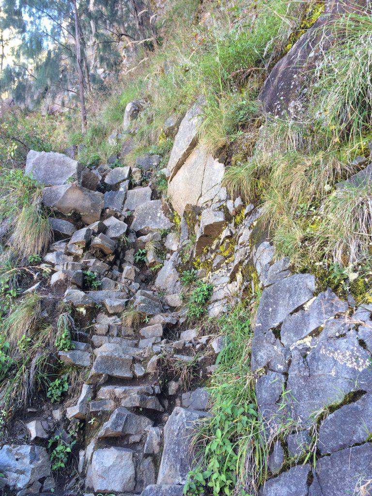 Medan Pendakian Menuju Plawangan Senaru dari Danau Segara Anak