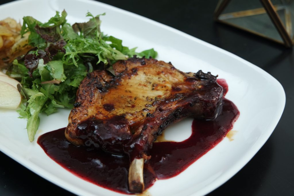 Balsamic Berries Pork Chop - 135k