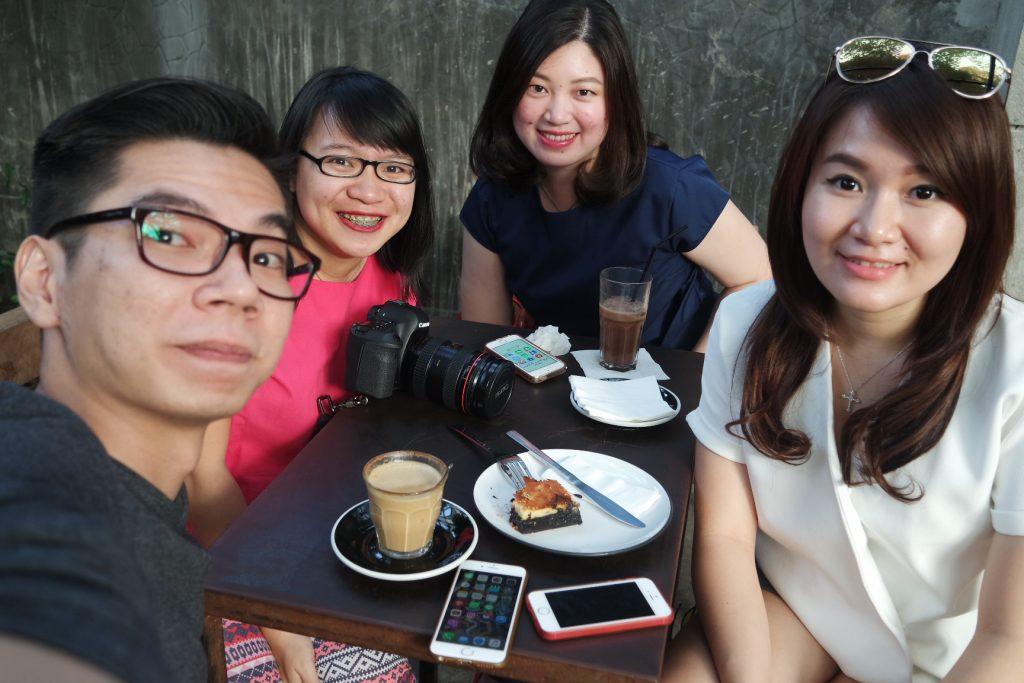 (ki-ka) Atank, Gue, Cindy, Jessica