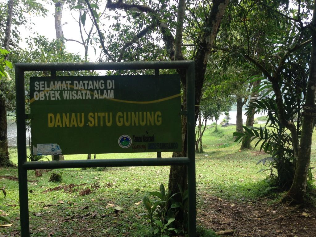 Selamat datang di danau Situ Gunung