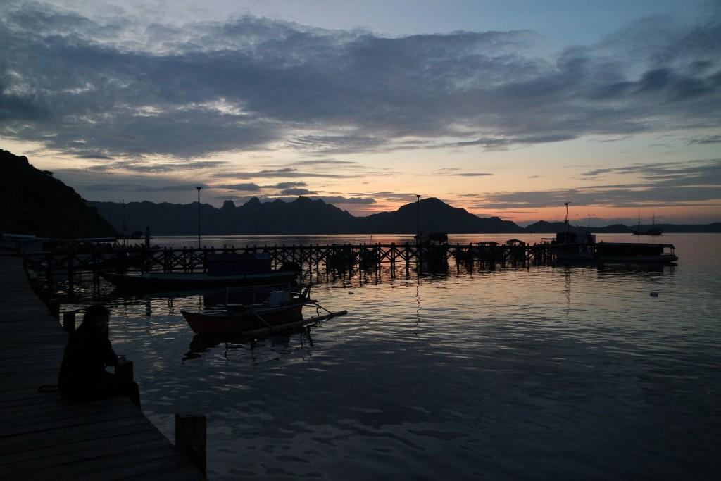 Sunrise di Desa Komodo