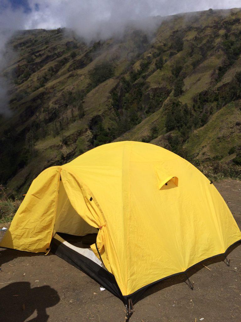 Tenda di Plawangan Sembalun